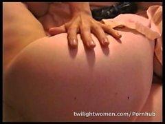 twilightwomen girl-on-girl masturbate