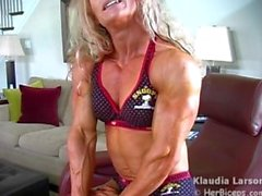 kink muscle female-bodybuilder muscular