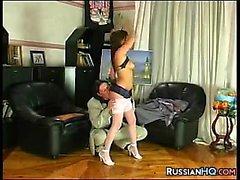 dilettante pompino brunetta hardcore russo