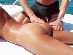 priya rai pornstar massage huile