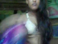 adolescente joven bangladeshi indio