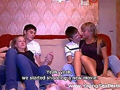 cumshots gruppsex tonåringar