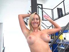 ass stora bröst blondin avsugning