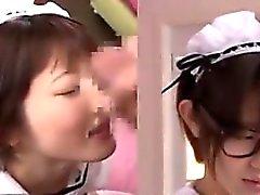 asiatisch blowjob abspritzen gesichts