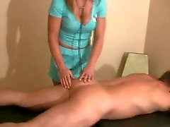 grote borsten femdom handjobs