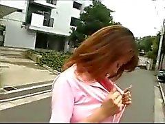 japonês milfs nudez em público