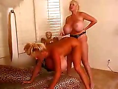 grote tieten blond dildo doggystyle hardcore