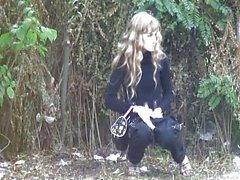 solo girl peeing spycam