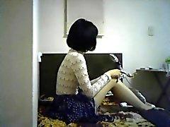 amateur brunette cames cachées réalité