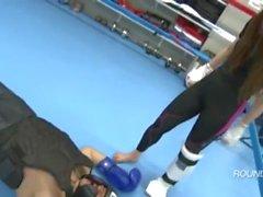 pliegue karate pies de sofocar los pies dominación la victoria - actitud