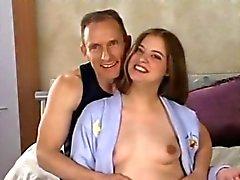 dilettante anale creampie