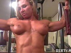 big boobs masturbation muscular women female muscle network in the gym