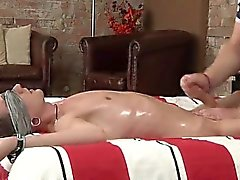 Hot twink A Huge Cum Load From Kale
