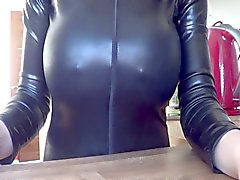 grote borsten latex milfs tepels softcore