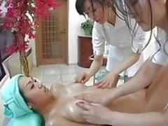 japanilainen lesbo hieronta aasialaiset