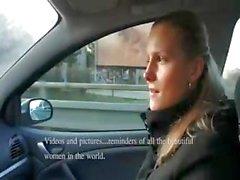 amateur europeo adolescente mamada al aire libre