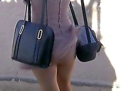 parpadea gracioso desnudez pública upskirts