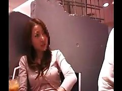 asiático peitos grandes dedilhado sexo em grupo