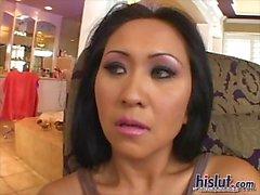 gros seins mature asiatique