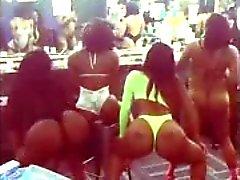 amateur big butts black and ebony lesbians