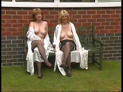 amateur nudité en public softcore bas strip-tease