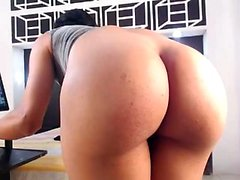Skinny amateur blonde mom toys hairy pussy in solo