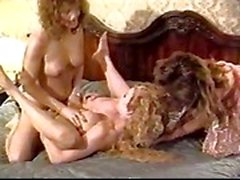vintage threesome shemale and girl ass fucking hardcore