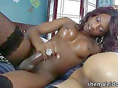 cumshot ebony shemale