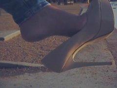 laly vallade entortillement dangling pieds le pied - fétichisme