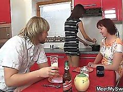 tschechisch europäisch oma gruppen-sex lesbisch