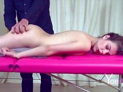 étudiante massage orgasmes grandes clits yoni tale