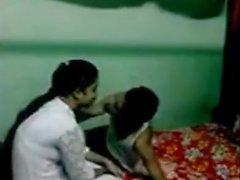indiano college baciare