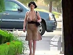 amateur big tits flasher