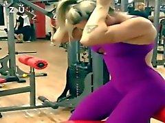 babes hidden cams sports teens blondes