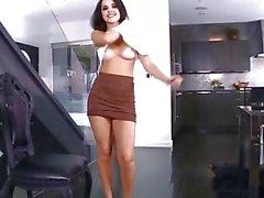 strip-tease bronzé étudiant pour adultes - de jouets brunette