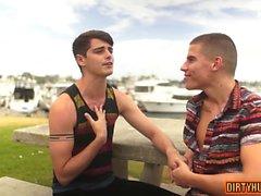 bareback gay pipe gay gays gay twinks vieux et jeune gays