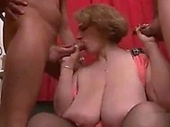 amateur bbw big boobs blondine
