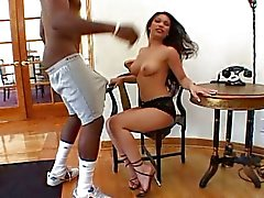 Lucy Thai VS Mandingo
