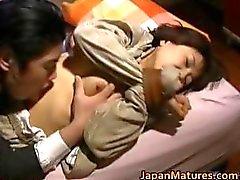 amador asiático grandes mamas maldito
