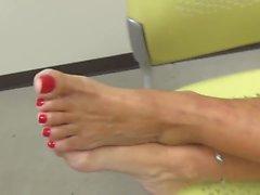 gorgeous feet gorgeous mature her feet mature feet