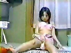 amateur asiatisch baby masturbation