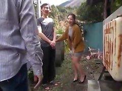 asiático doggystyle japonês ao ar livre