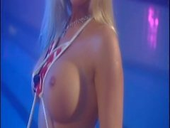 big-tits nice-ass hottie