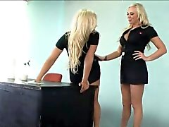 babe blonde lesbian