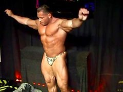 oink muscledad-pro-bb military body-builder show-off