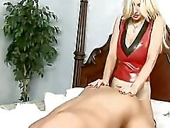 grandes mamas femdom strapon látex