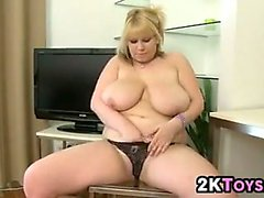 bbw big boobs blonde