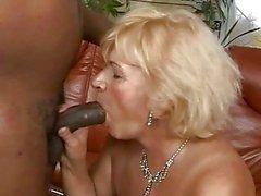 mamie mamie baise granny porn video