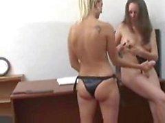 adulti -toys ragazza- sulla -girl lesbian- docente