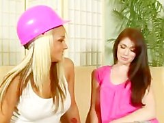 ashlyn rae briana blair girl- on-girl lesben muschi lecken